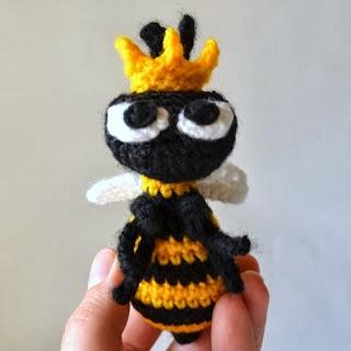 abeja reina amigurumi
