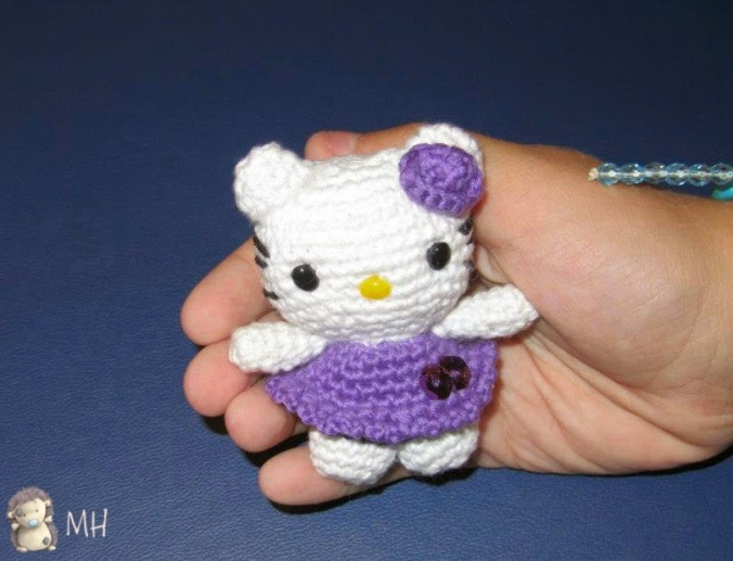 mini-hello-kitty-amigurumi